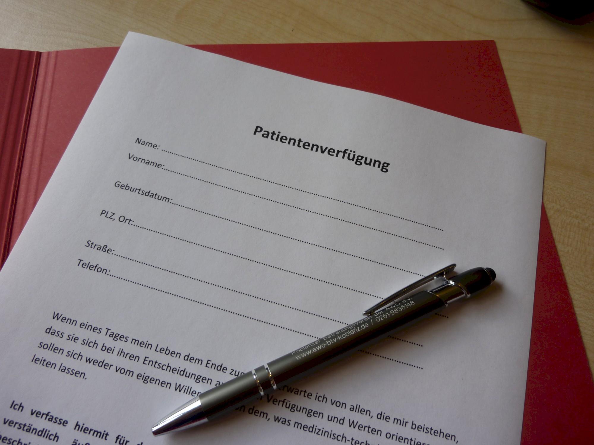 patientenverfügungen vorgefertigte formulare